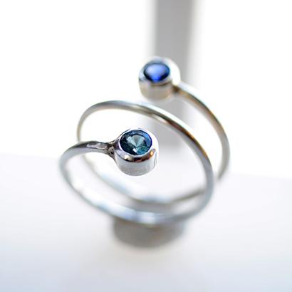 birthstone-ring-dual-stone-twist_studiojewel
