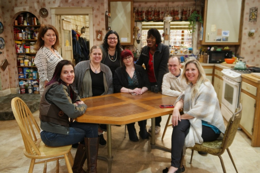 Roseanne Set Visit And Exclusive Interviews Tools 2 Tiaras